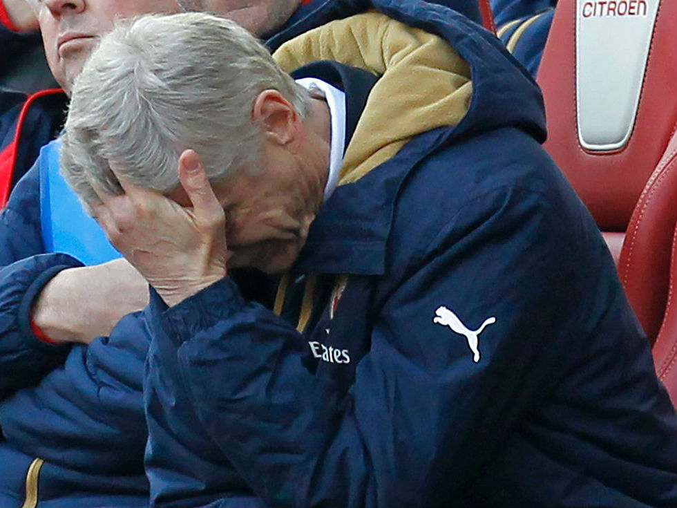 Wenger frustrated as Gunners throw away win