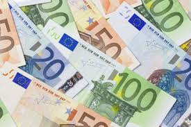 Irish Workers Hope For Pay Rise