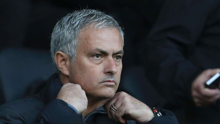 Mourinho 'happy and sad' to see Schneiderlin leave