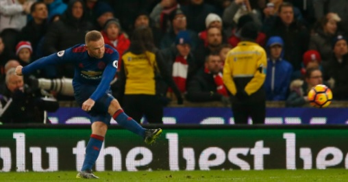 Rooney Creates New Club Record