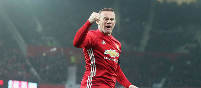 Rooney to stay at Manchester United