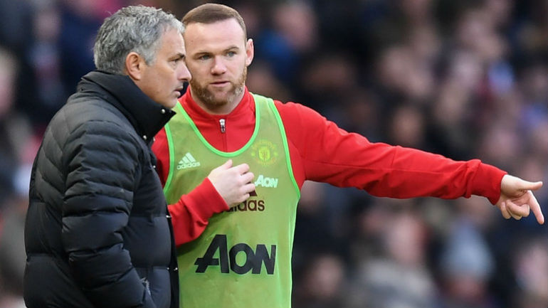 Mourinho plays down Rooney move to Everton