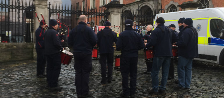 Dublin Firemen Protest Over Ambulance Plan