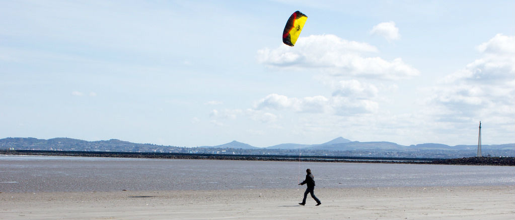 Call for Care On Beaches After Kitesurfer Injured At Dollymount