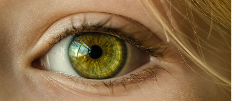 Eye Experts Issue Care Warning
