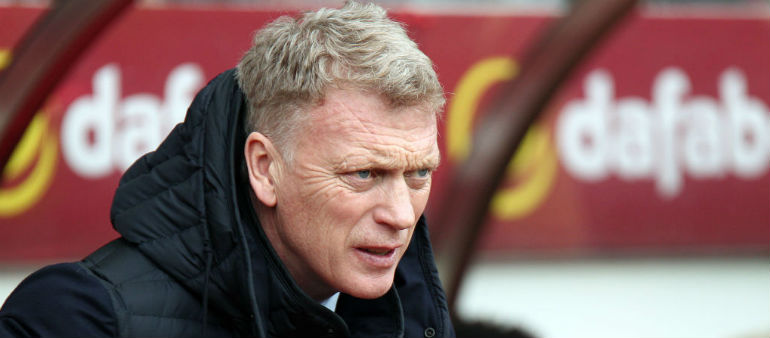 Moyes to remain at Sunderland