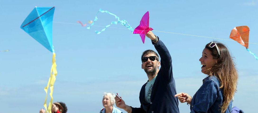 Kites Aplenty On Dollymount