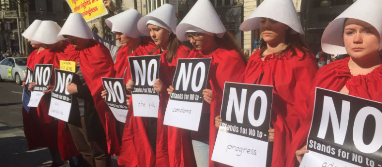 Handmaids call for Yes vote
