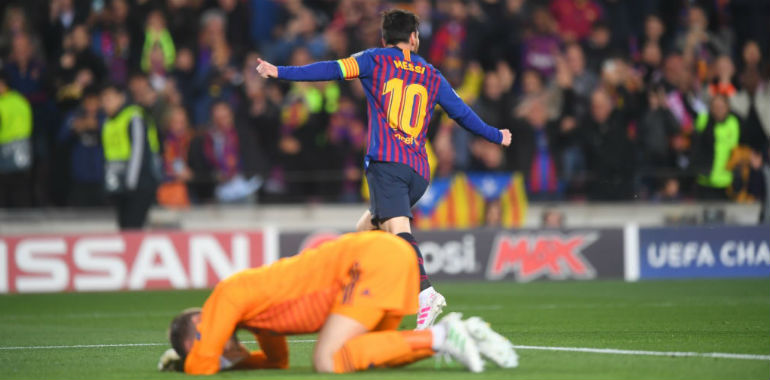 Messi Magic and De Gea Mistake see Barcelona through