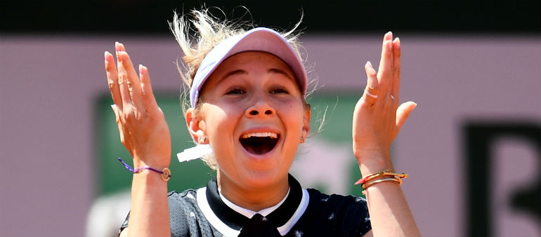 Unseeded Teen Sees Off Halep