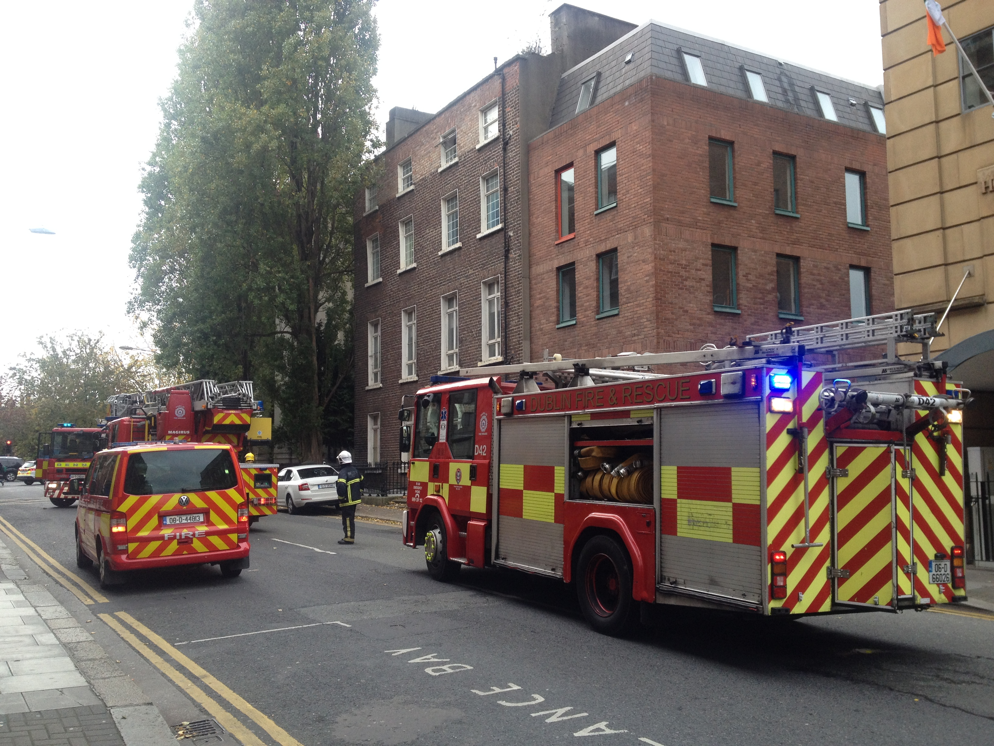 Building evacuated after Holles St fire
