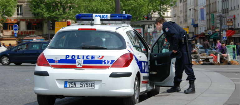 IS Claims Responsibility For Paris Knife Attack