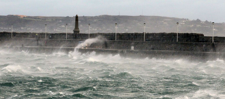 Storm Diana batters Dublin