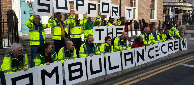 Ambulance staff hold protest over union recognition