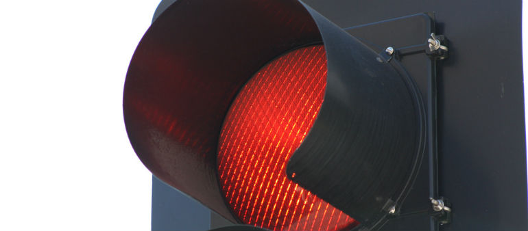 Focus on road users who break red lights