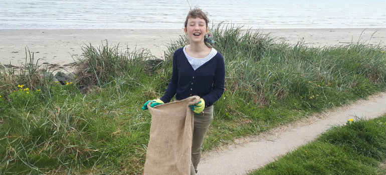 Flossie's war on waste at Poolbeg clean-up