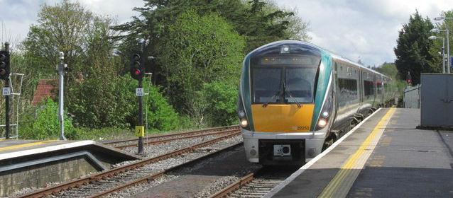 Fault Hits Rail Services