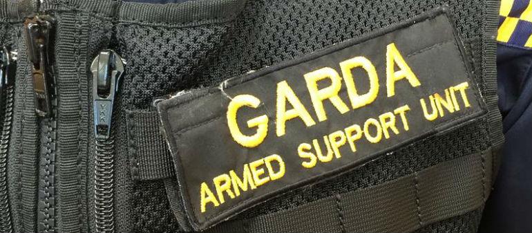 Armed Gardaí deal with Tallaght robbery