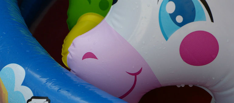 Warning over lilos and inflatables