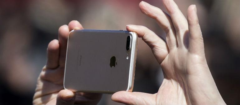 Concerns Raised Over Smartphone Usage