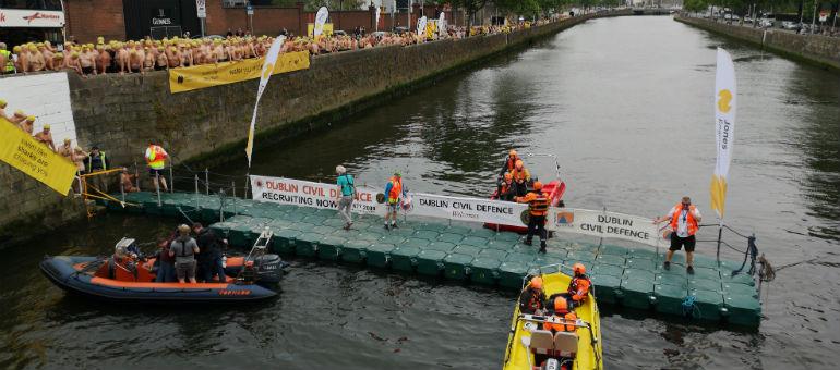 Liffey swim takes place in Dublin, despite water fears